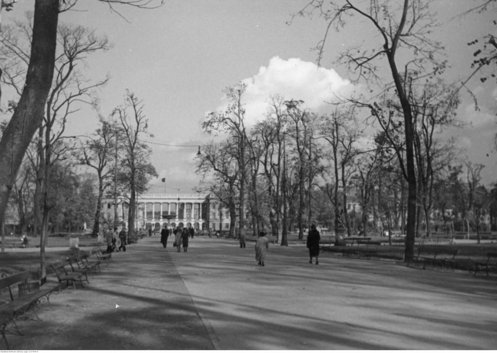 Ogród Saski. Widoczny Grób Nieznanego Żołnierza, 1938